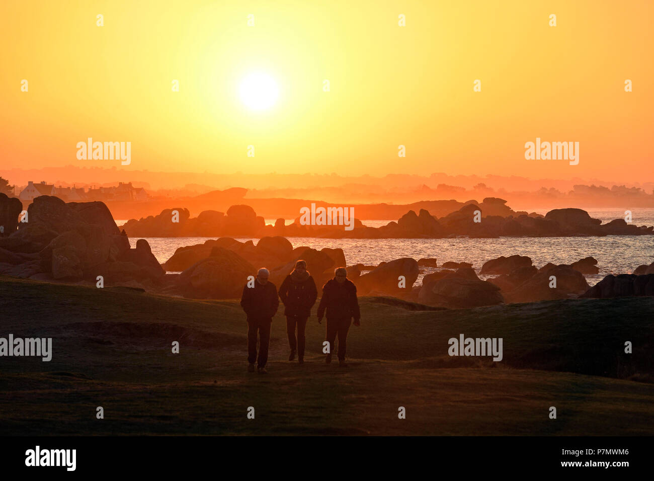 France, Finistere, Brignogan Plages, the coastline of Kerlouan and the coast of the Legends in the heart of Country Pagan - Stock Image
