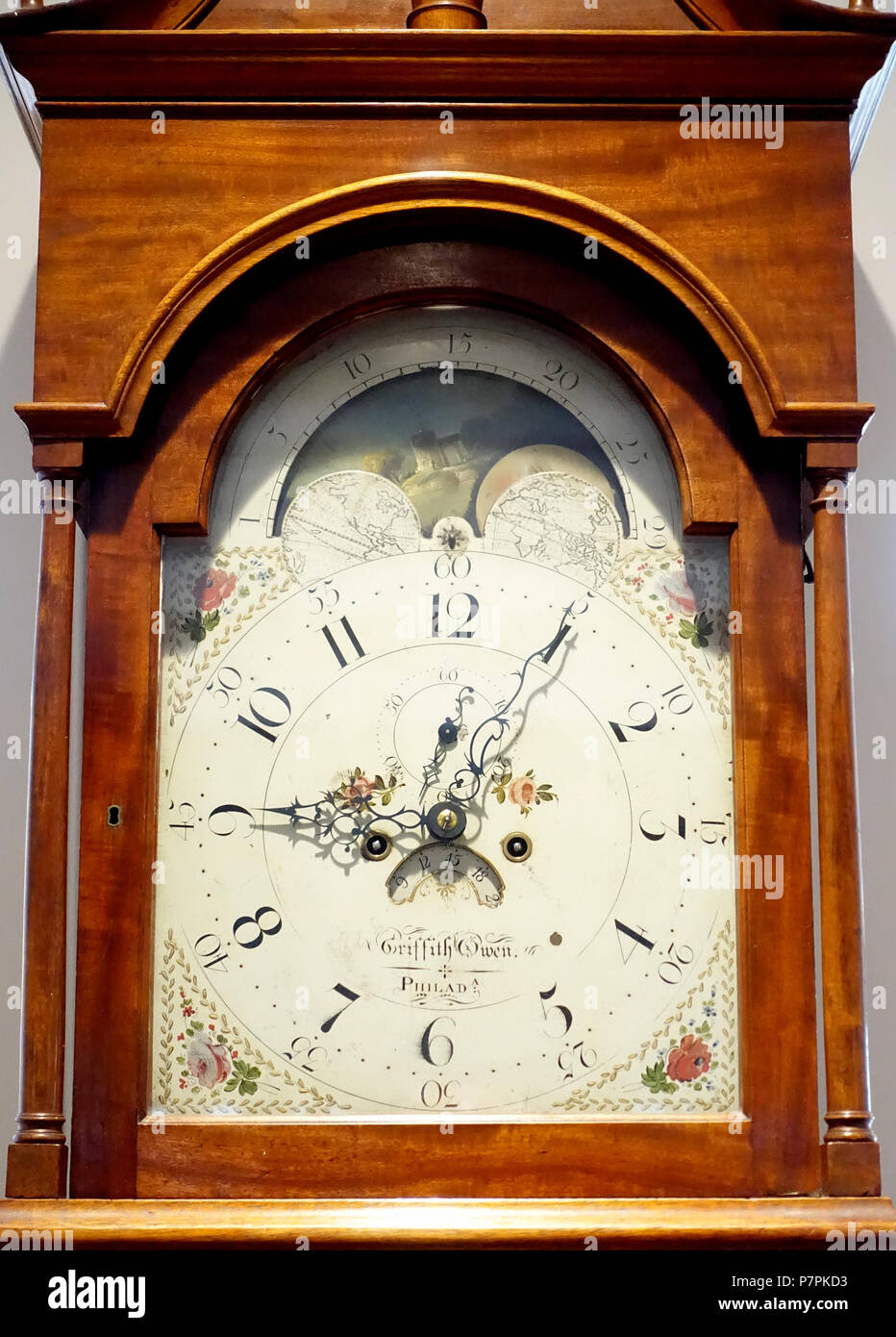 English: Tall case clock by Griffith Owen, Philadelphia, c. 1790-1800 - Dartmouth College, Hanover, New Hampshire, USA. 14 April 2015, 09:07:26 363 Tall case clock by Griffith Owen, Philadelphia, c. 1790-1800, view 2 - Dartmouth College - DSC01631 Stock Photo