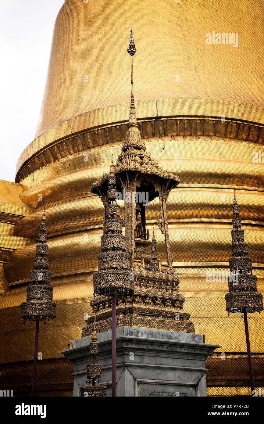 The Phra Siratana Chedi at the Grand Palace complex.  Bangkok, Thailand. - Stock Image