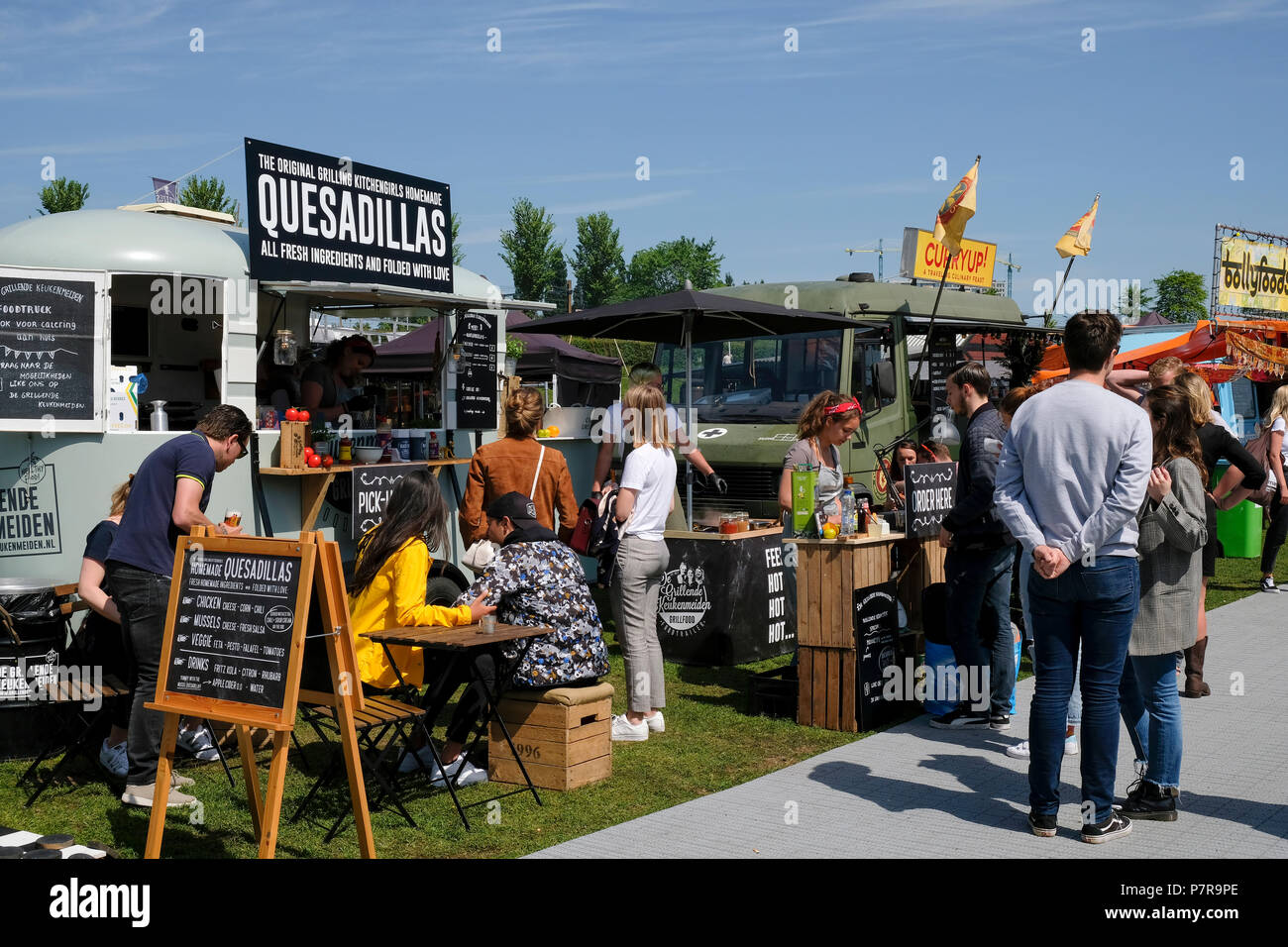Rollende Keukens Amsterdam : Food festival de rollende keukens the rolling kitchens in