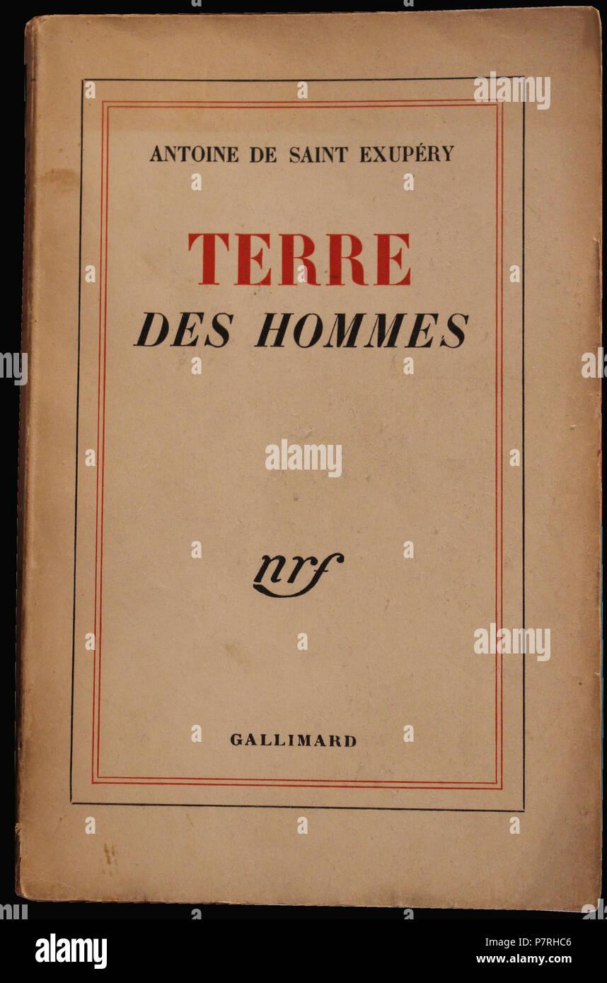 369 Terre des hommes, de Antoine de Saint Exupéry, aux éditions Gallimard, 1939 - Stock Image