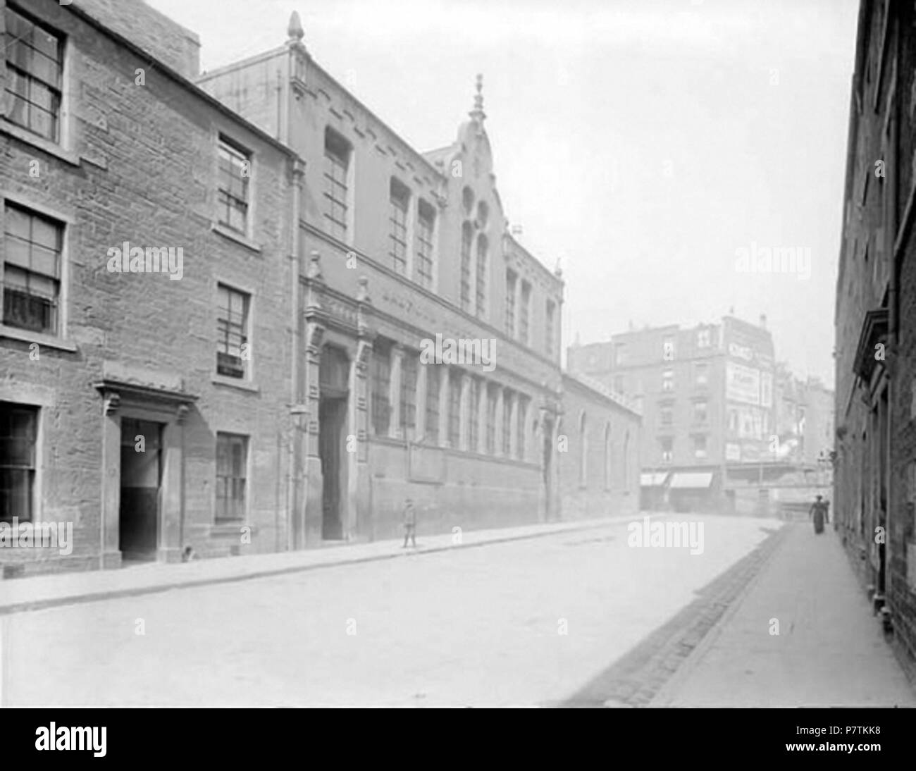 Balfour Street Public School, Dundee. Alexander Wilson, who took this photograph, was a supervisor in a Dundee jute mill for over 20 years. He bequeathed much of his collection and £50, to cover the costs involved, to the Free Library Committee of Dundee in 1923. before 1923 32 Balfour Street Public School, Dundee - Stock Image