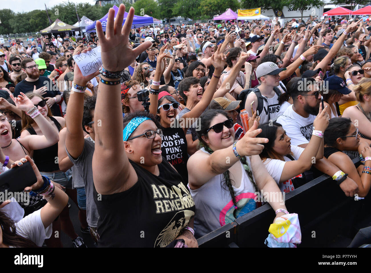 San Antonio, USA. 7th July 2018. Concert-goers cheer during the Vans Warped Tour June 7, 2018 in San Antonio, Texas. Credit: Robin Jerstad/Alamy Live News - Stock Image