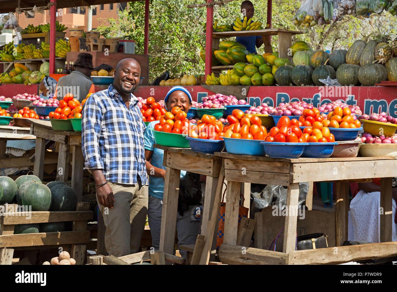 Street Vendors, Roadside Fruit and Vegetable Market, Ankole region, Uganda, East Africa - Stock Image