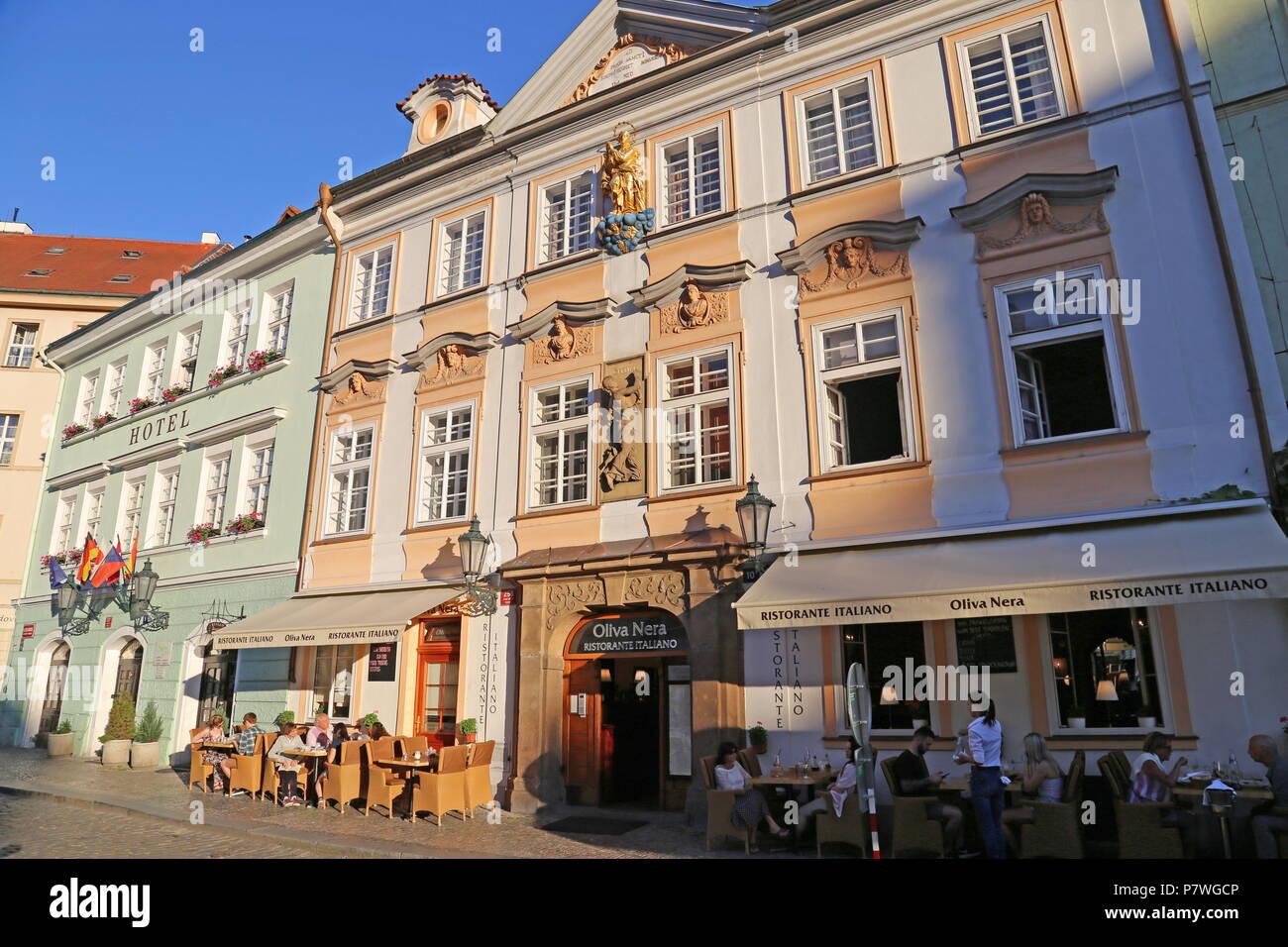 Betlem Club Hotel And Oliva Nera Italian Restaurant Betlémské