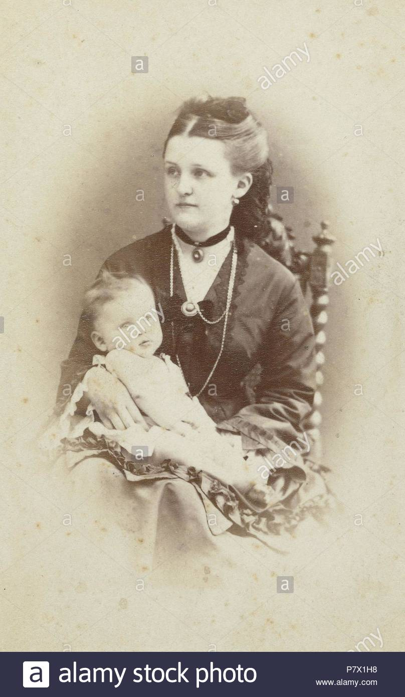 Portrait of a woman with a baby, WJ Gram Mann, c. 1870 - c. 1874. - Stock Image