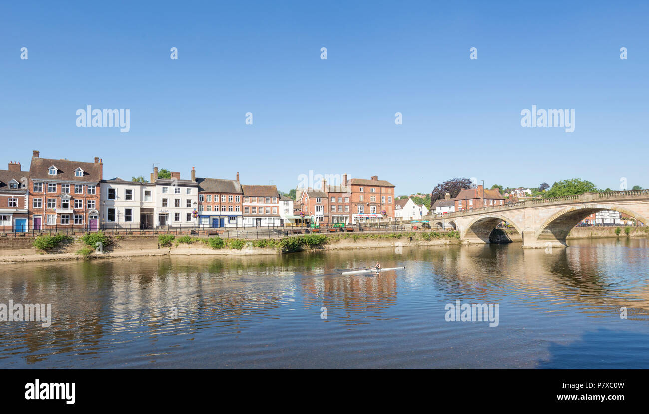 A Coxed eight rowing on the River Severn at Bewdley, Worcestershire, England, UK - Stock Image
