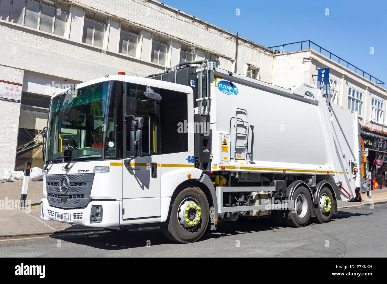 Mercedes Econic refuse truck, Russell Road, Wimbledon, London Borough of Merton, Greater London, England, United Kingdom - Stock Image