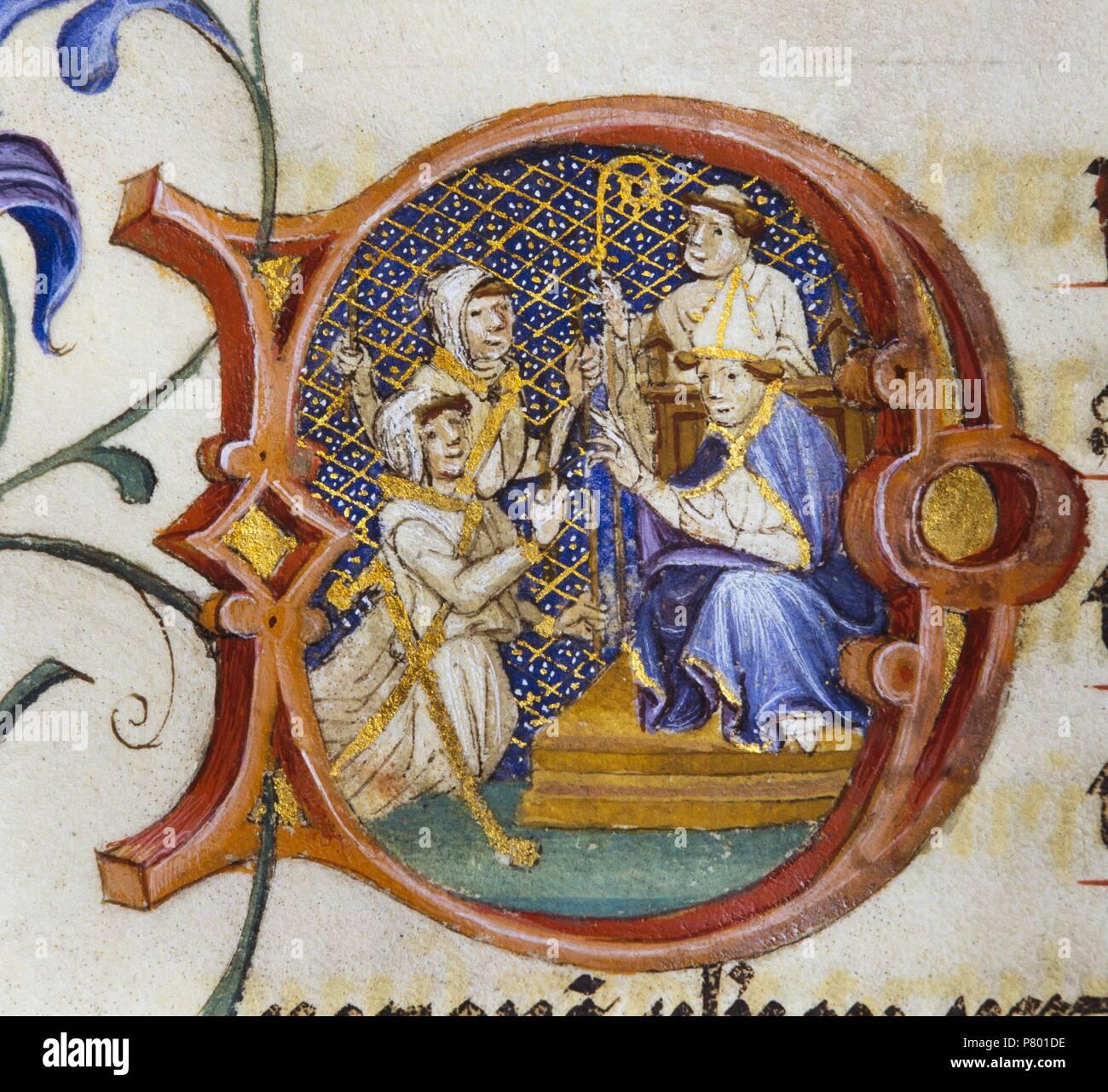 Pontifical de Guillaume Durand, c. 1409-1415. Letra inicial. Obispo sentado con dos hombres arrodillados. Arxiu Capitular de la Catedral de Girona. - Stock Image