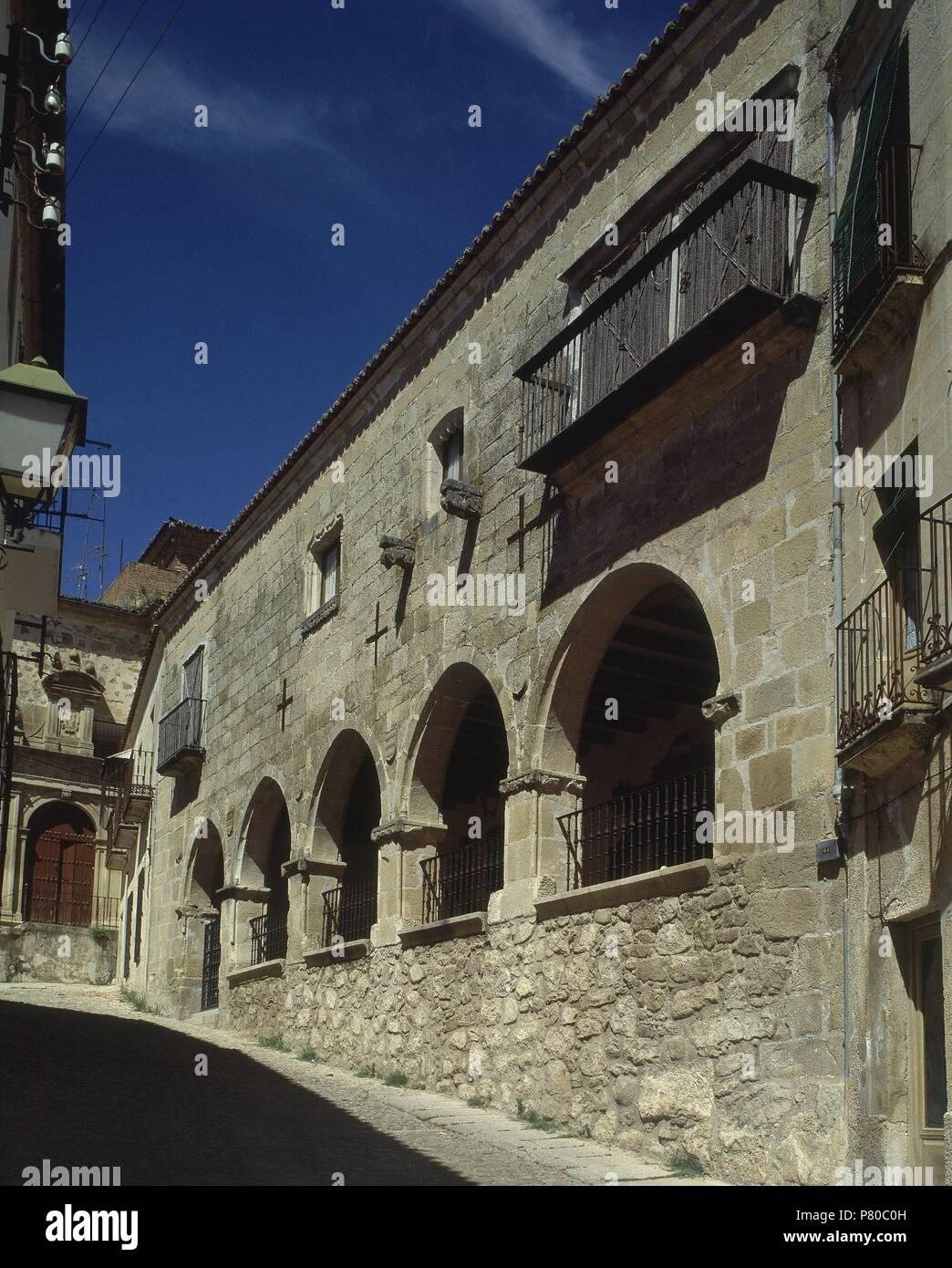 Casa Con Arcos En La Fachada Location Exterior Trujillo Caceres