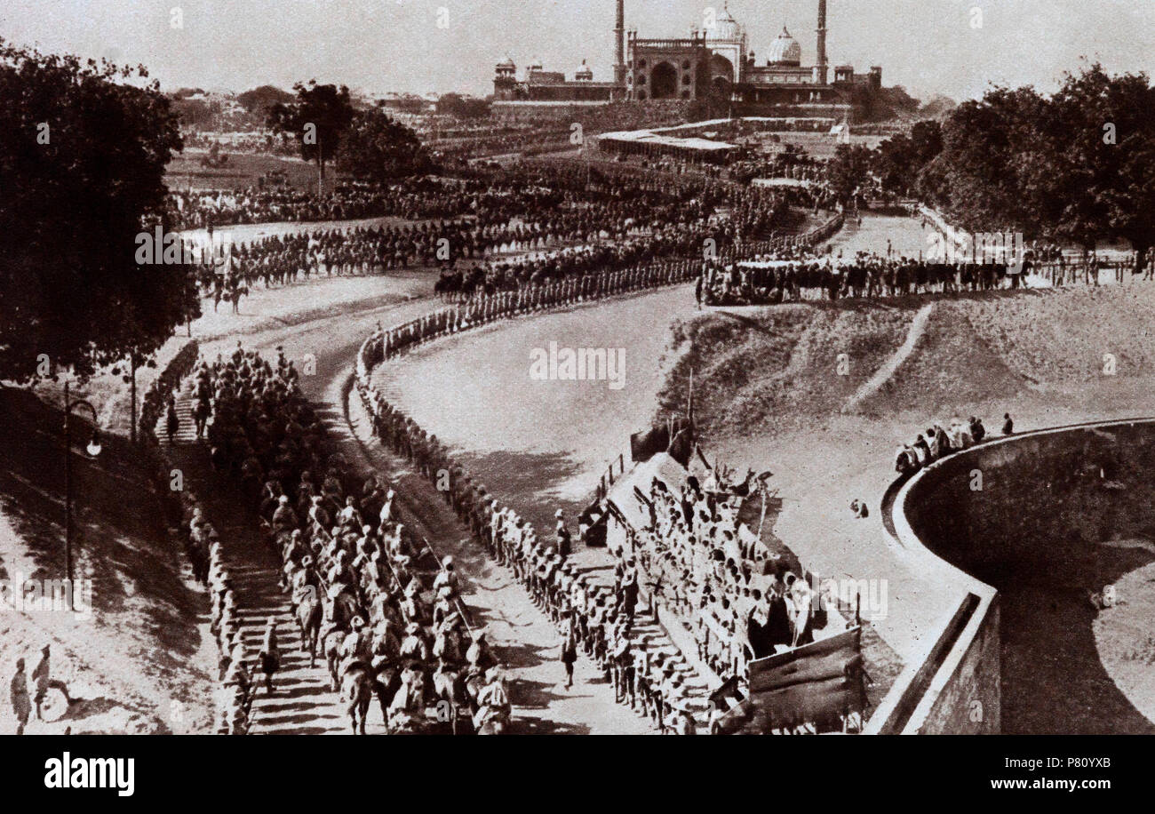 The Imperial procession of George V entering Delhi, December 7, 1911, was the first time a British monarch had come to India to be received as Emperor by Indian subjects.  The Delhi  Durbar, meaning 'Court of Delhi', was an Indian imperial style mass assembly organised by the British at Coronation Park, Delhi, India, to mark the succession of the Emperor of India. It was held three times, in 1877, 1903, and 1911the last being the only one that a sovereign, George V, attended. - Stock Image