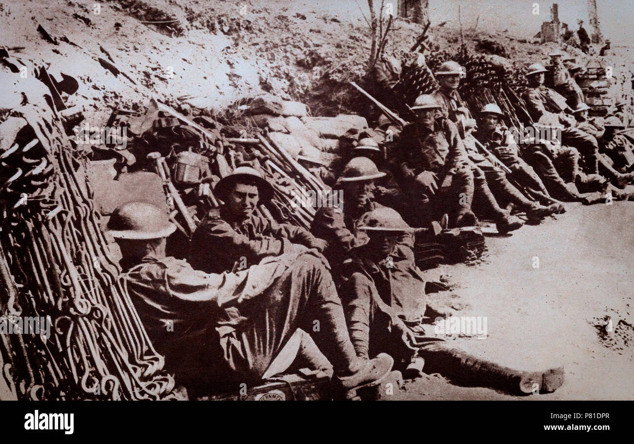 Anzacs, Australian and New Zealand troops, heroes of the Gallipoli landings taking a well earned rest. They were just some of the many troops from Empire Territories that seved in World War 1. - Stock Image