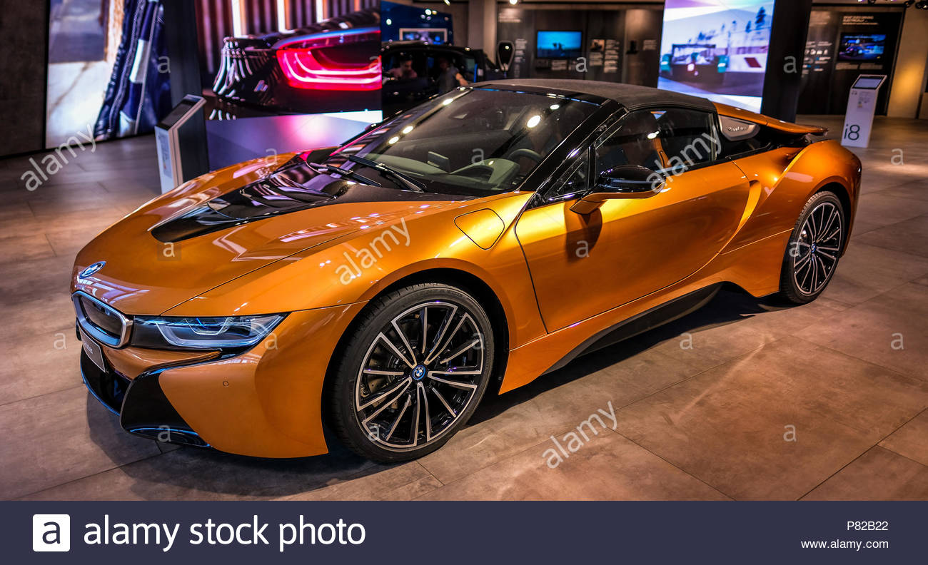 Bmw I8 Roadster Stock Photo 211494250 Alamy