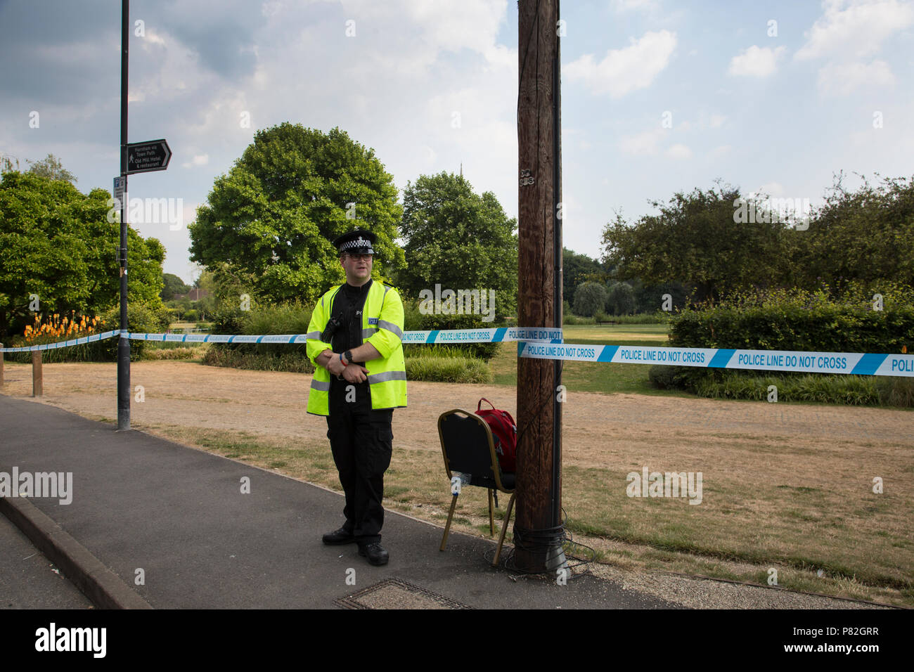 Queen Elizabeth gardens in Salisbury where Detectives are searching for a container of novichok they believe may be the source of the contamination. - Stock Image
