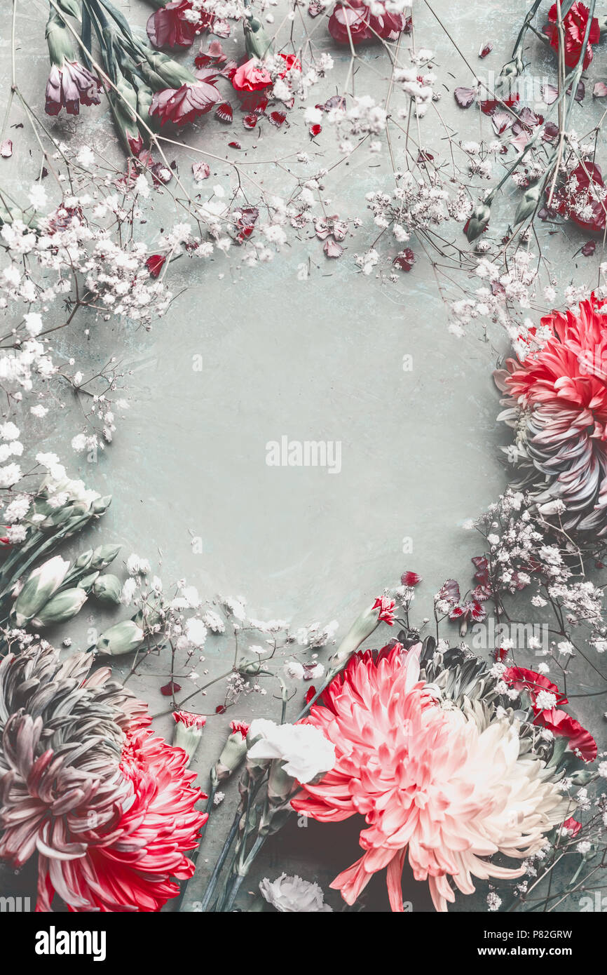 Summer Flowers Frame Composition Made With Various Colorful Pastel Garden Flowers Petals And Leaves On Desktop Background Top View Stock Photo Alamy