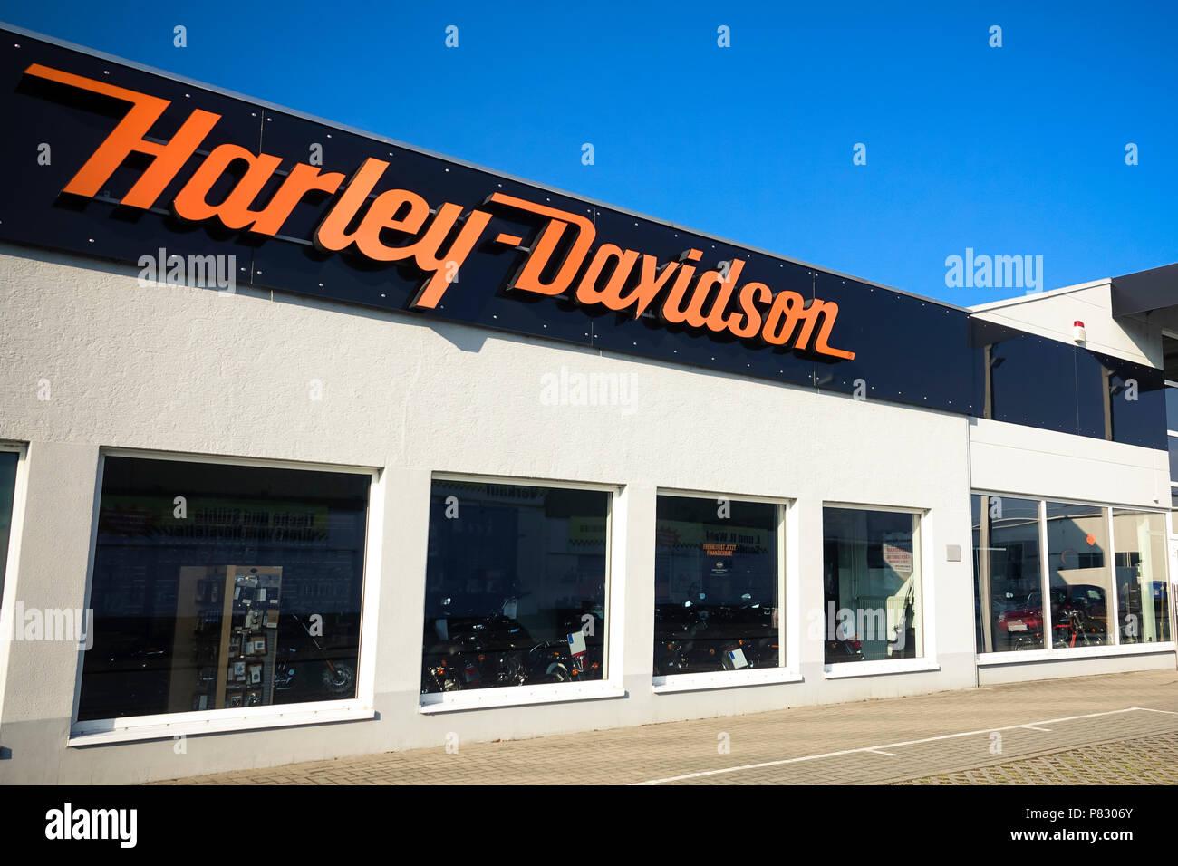 harley davidson sign stock photos harley davidson sign. Black Bedroom Furniture Sets. Home Design Ideas