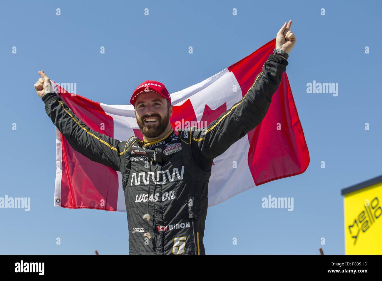 Newton, Iowa, USA. 8th July, 2018. JAMES HINCHCLIFFE (5) of Canada wins the Iowa Corn 300 at Iowa Speedway in Newton, Iowa. Credit: Justin R. Noe Asp Inc/ASP/ZUMA Wire/Alamy Live News - Stock Image