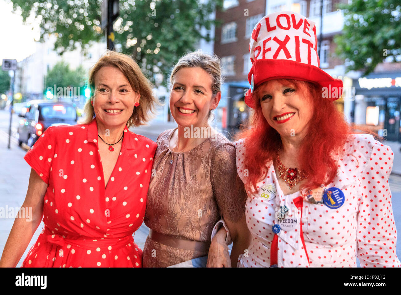 Earl's Court, London, 8th July 2018. MP and prominent Brexit supporter Andrea Jenkyns (middle, with other leave campaign supporters), Conservative Member of Parliament for Morley and Outwood attends, and sings at, an event titled ' The Big Brexit Party', organised by Artists for Brexit, in a venue near Earl's Court, London. Credit: Imageplotter News and Sports/Alamy Live News - Stock Image