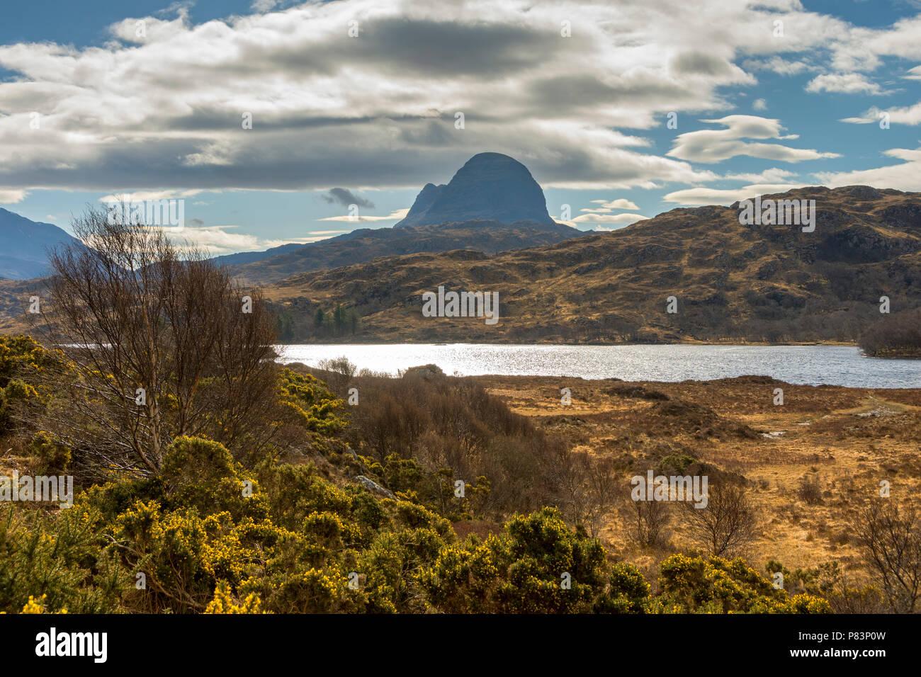 Suilven over Loch Druim Suardalain, Glen Canisp Forest, near Lochinver, Coigach, Sutherland, Highland Region, Scotland, UK Stock Photo