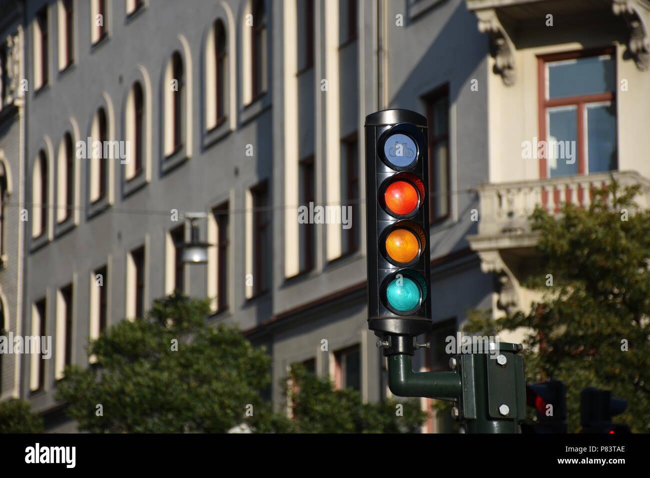 Stockholm, Schweden, Ampel, Verkehrsampel, Fußgängerampel, Sicherheit, regeln, Verkehr, Lampe, Licht, rot, gelb, grün, schwarz, Stadt, Hauptstadt, Ska Stock Photo
