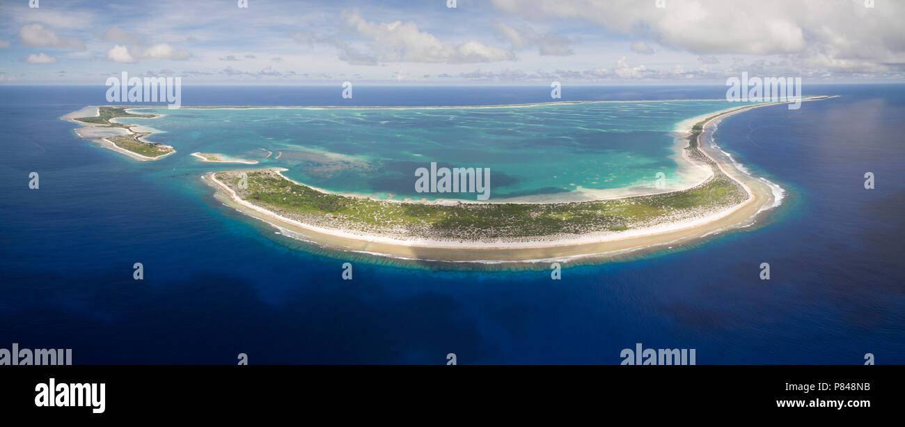 Panoramic aerial view of Kanton Island, showing the entire atoll - Stock Image