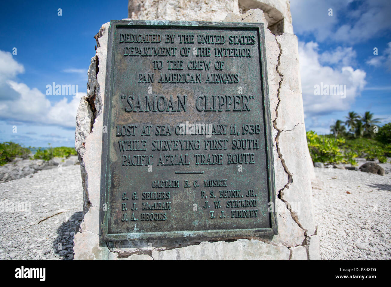 Memorial to the Pan American Airways crew of the Samoan Clipper, lost at sea while surveying the first South Pacific Aerial Trade Route. - Stock Image