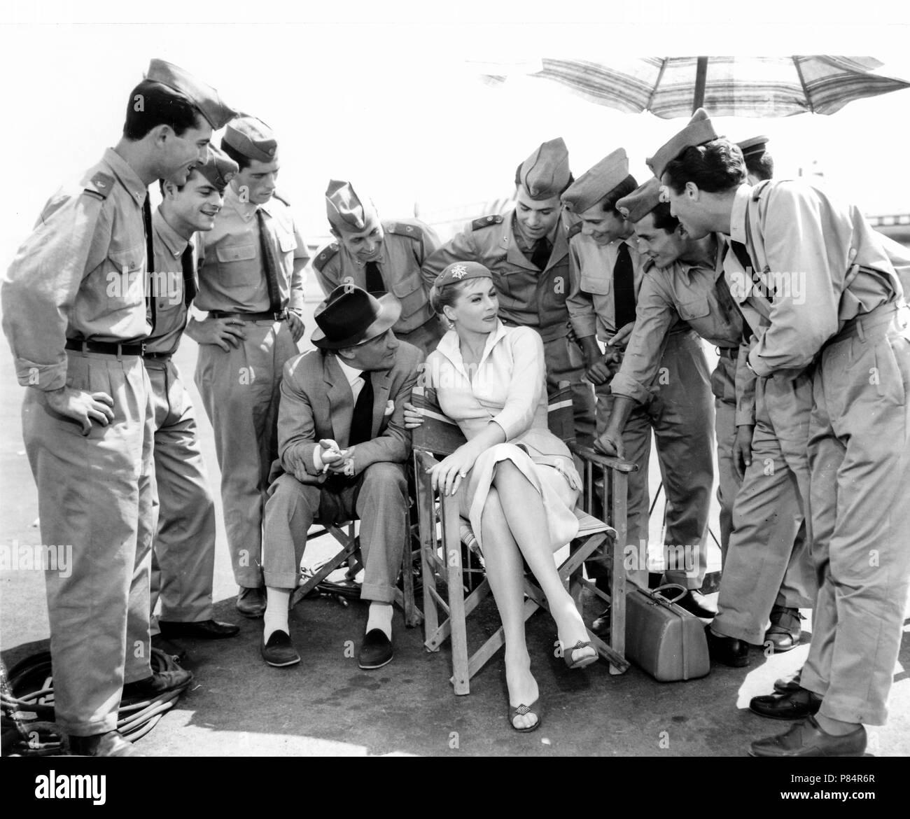 anita ekberg, trevor howard, setof the movie interpol, 1956 - Stock Image