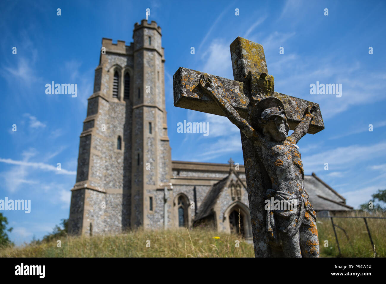 Ellesborough, UK. 6th July, 2018. The parish church of Saints Peter and Paul. - Stock Image