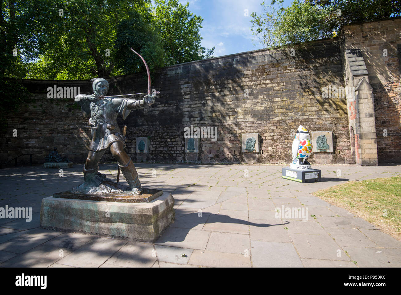 Hoodwinked Wild in Art Sculpture at the Robin Hood Statue at Nottingham Castle, Nottinghamshire England UK - Stock Image