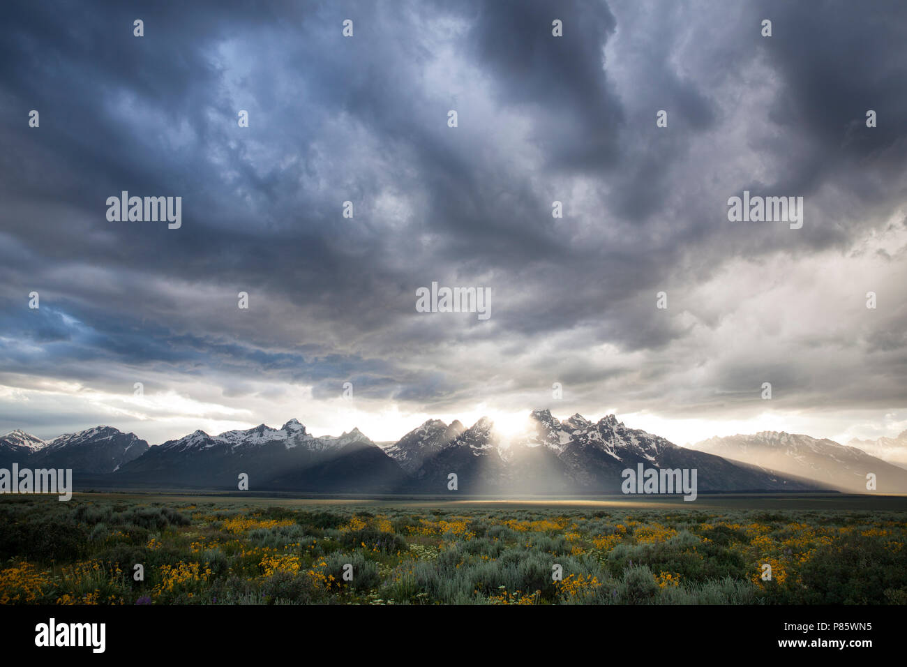 WY02758-00...WYOMING - Storm clouds over the Teton Range in Grand Teton National Park. - Stock Image