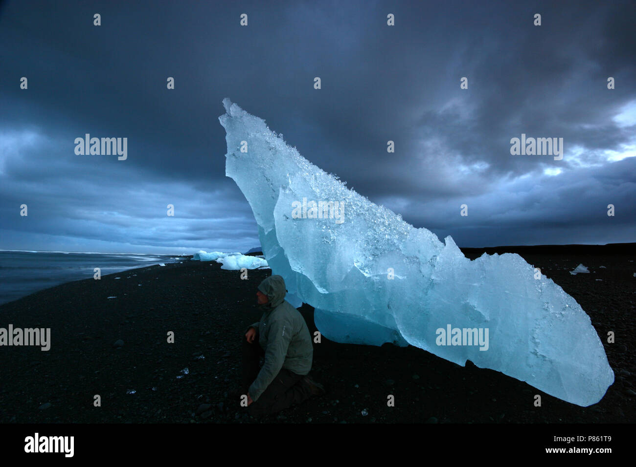 Toerist op IJsland; Tourist on Iceland - Stock Image