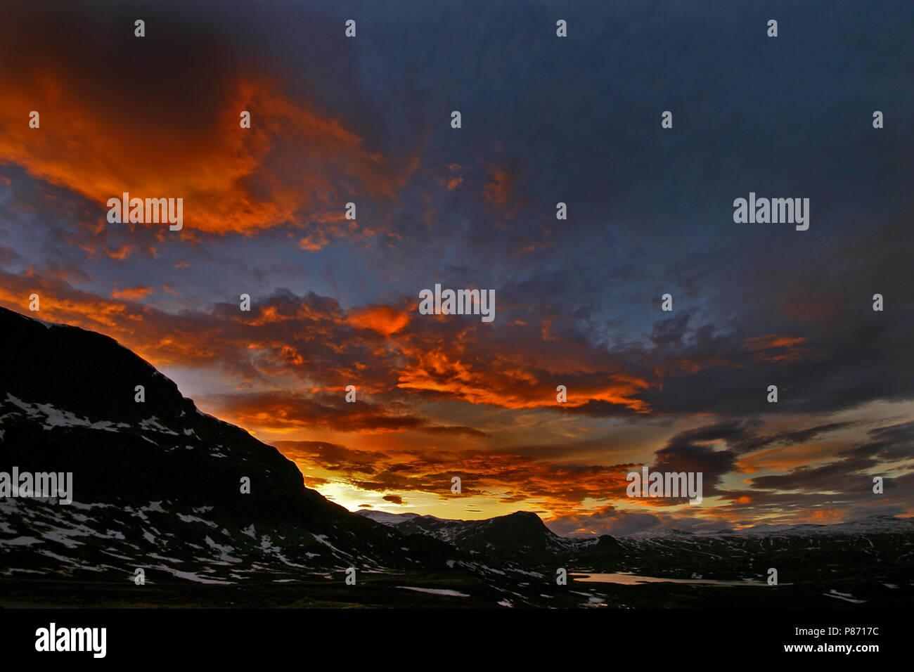 Valdresflya tijdens zonsondergang; Valdresflya at sunset - Stock Image