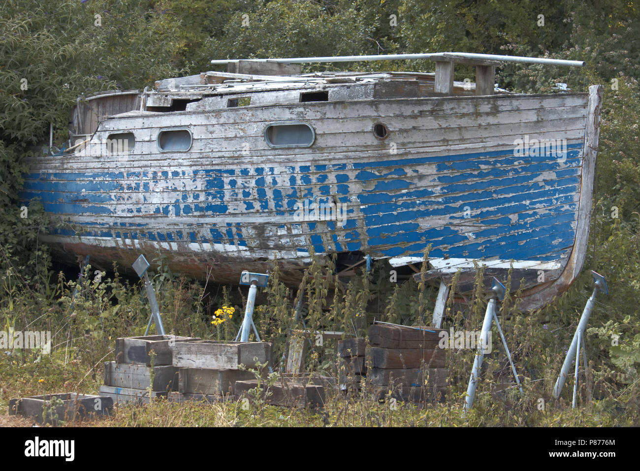 Old forgotten boat - Stock Image