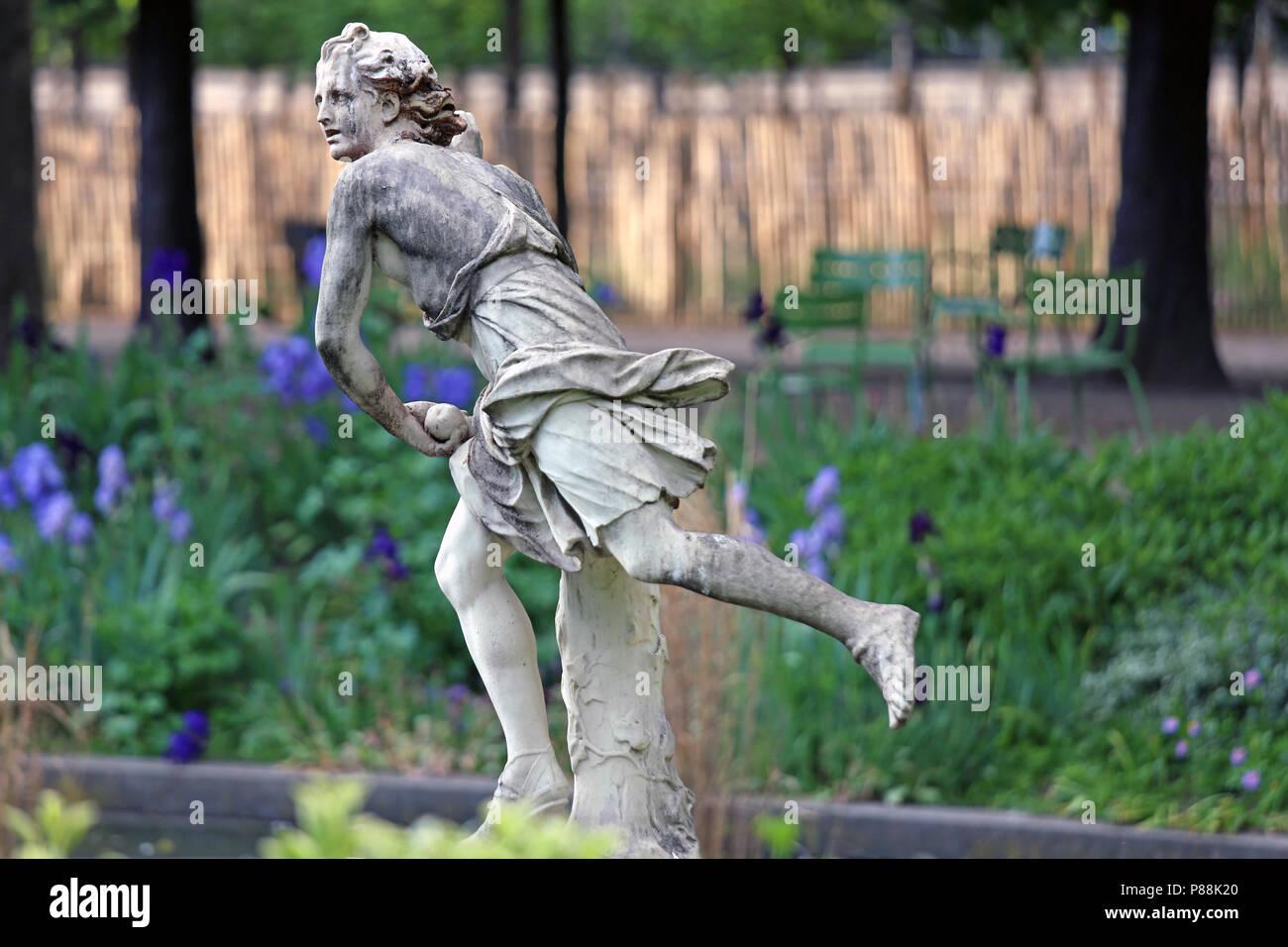 Sculpture of female in Tuileries Gardens, Paris, France, Europe - Stock Image