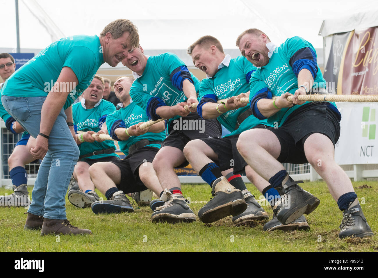 tug of war competition at the Royal Highland Show - Strathearn JAC young farmers team competing at the Royal Highland Show, Edinburgh, Scotland, UK - Stock Image
