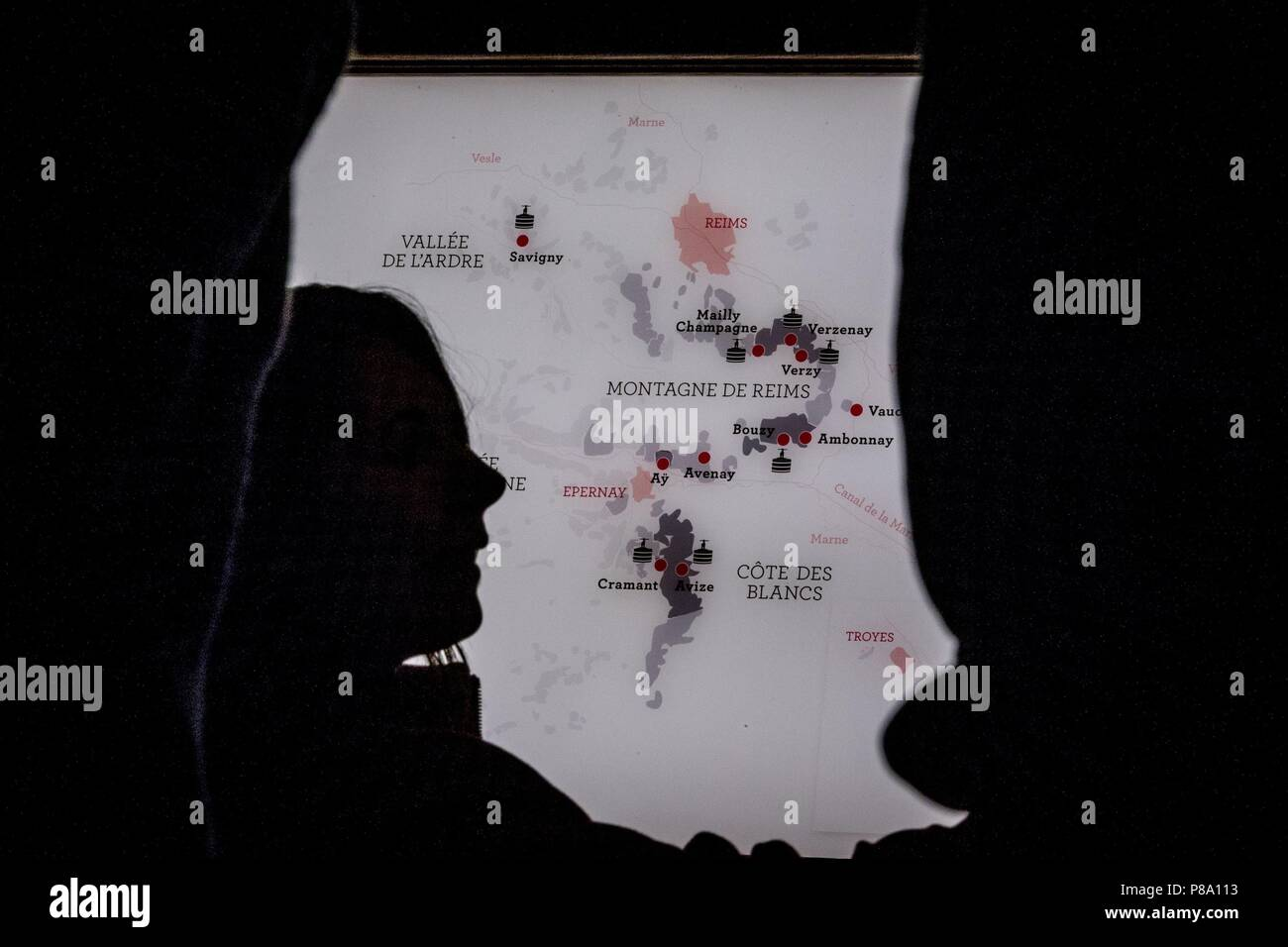 Silhouette Map Stock Photos & Silhouette Map Stock Images ...