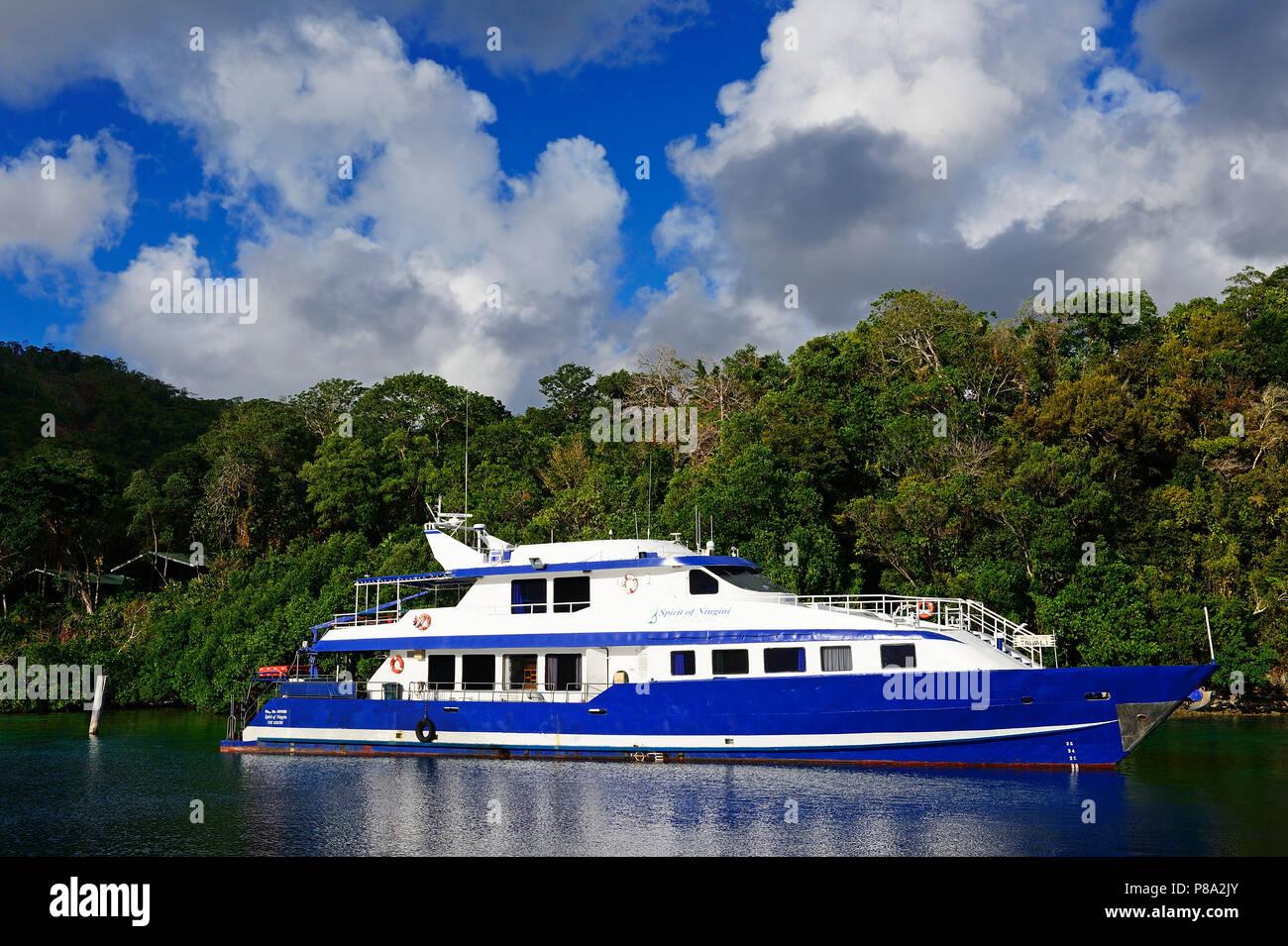 Diving boat, Tawali Island, Milne Bay, Alotau, Papua New Guinea, Oceania - Stock Image