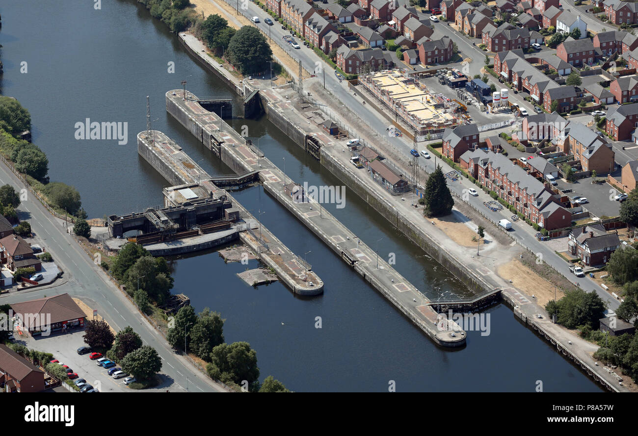 aerial view of a major lock on the Manchester Ship Canal at Latchford Locks, Warrington - Stock Image