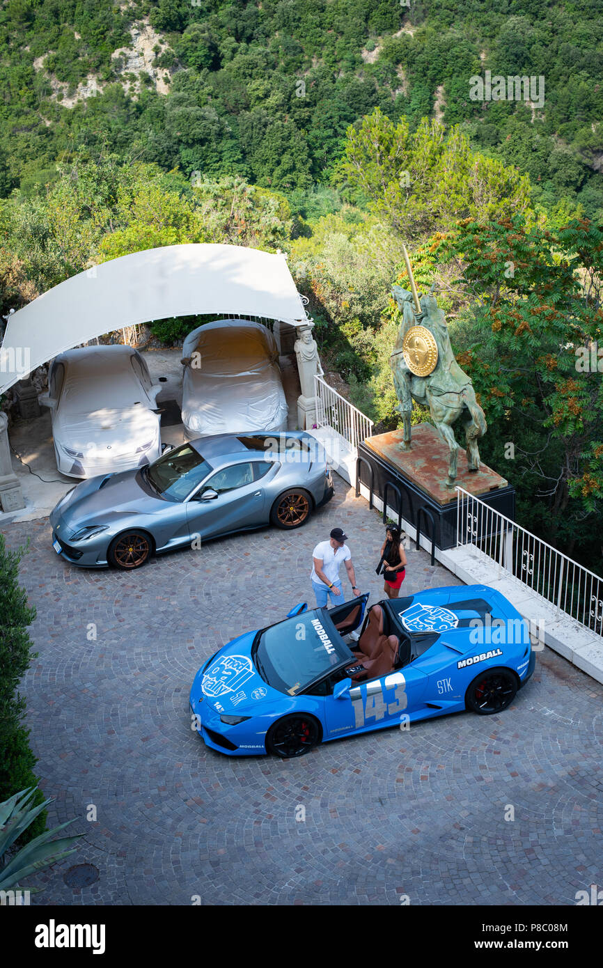 Supercars at the Chateau de la Chevre D'Or hotel in Eze, near Nice, France - Stock Image