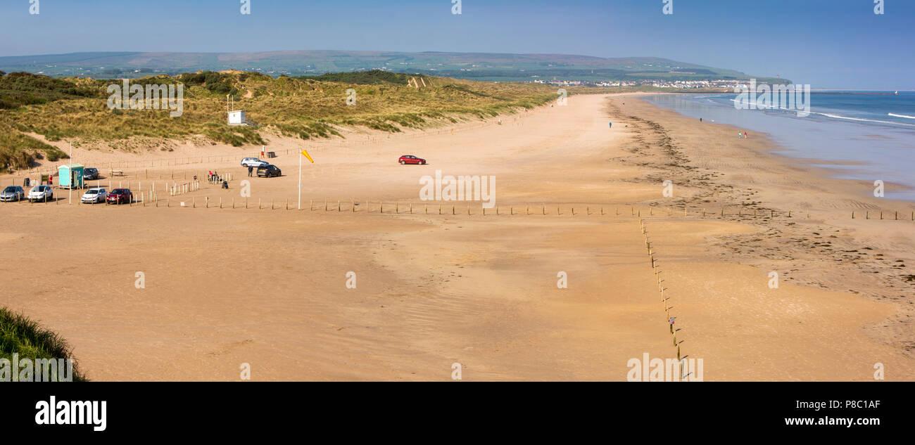 UK, Northern Ireland, Co Londonderry, Portstewart strand, panoramic Stock Photo