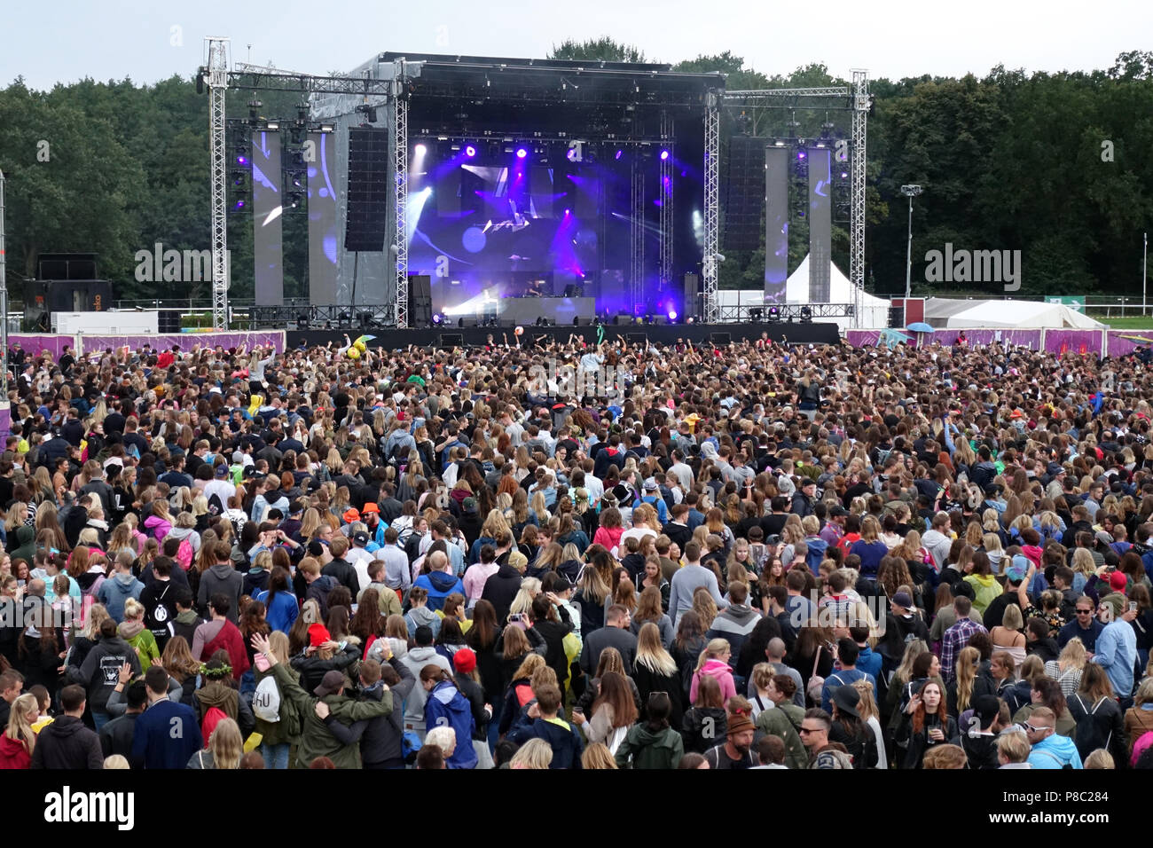 Hoppegarten, Germany, Crowd at Lollapalooza Berlin 2017 at the racecourse Hoppegarten - Stock Image