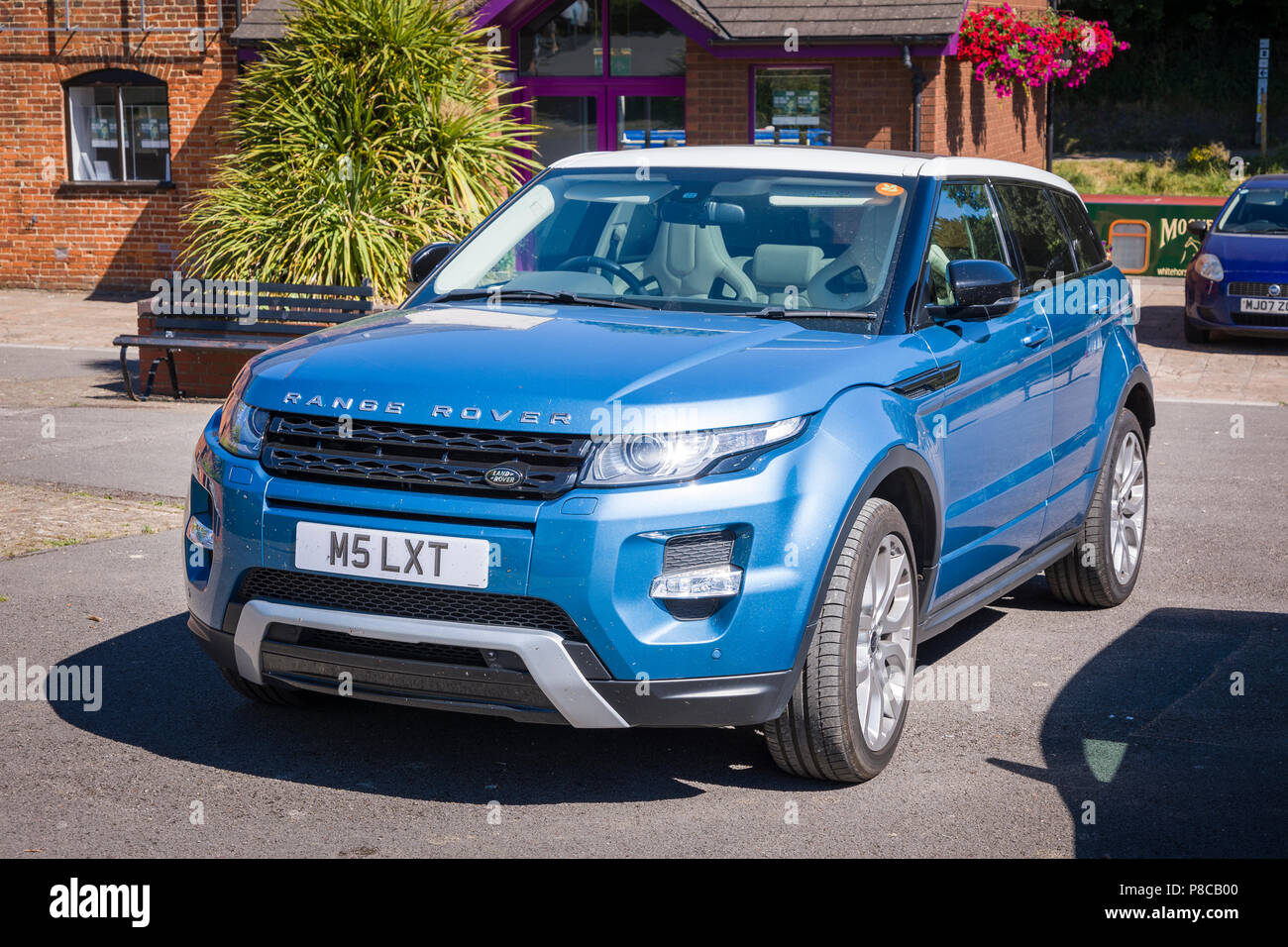 British Range Rover By Land Rover Model Evoque Sd4 In A Public Car