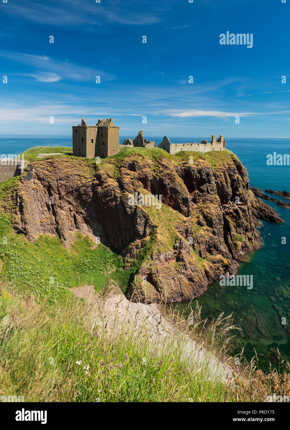 Dunottar Castle, Stonehaven, Aberdeenshire - one of Scotland's most identifiable strongholds, built in the 15th and 1y6th centuries. View with the cov Stock Photo
