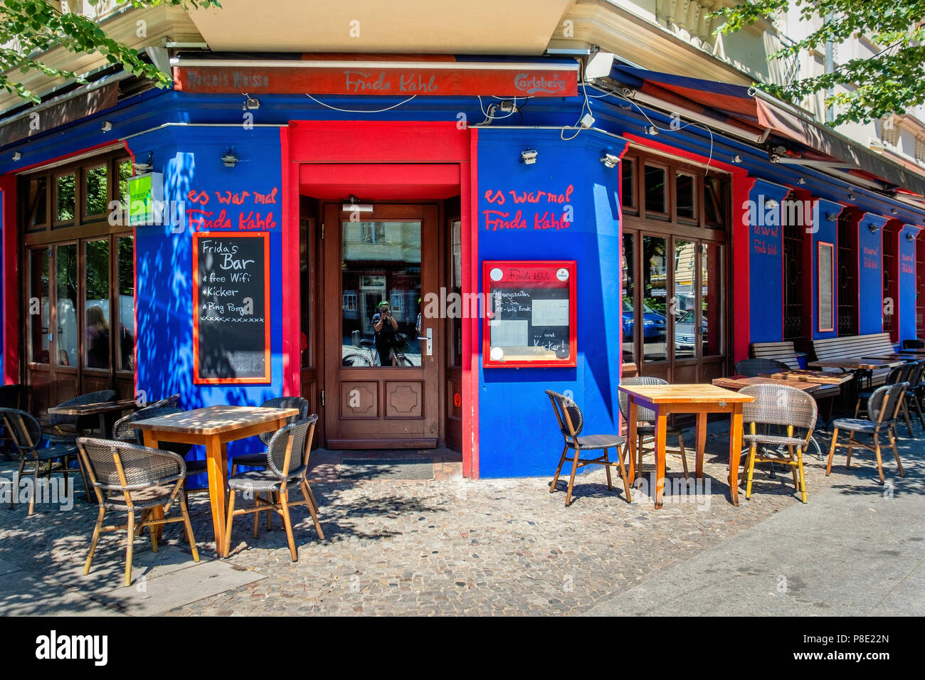 Berlin Prenzlauer Berg Frida Kahlo Mexican Restaurant Bar Blue Red Extreror With Outdoor Tables On Pavement Stock Photo Alamy