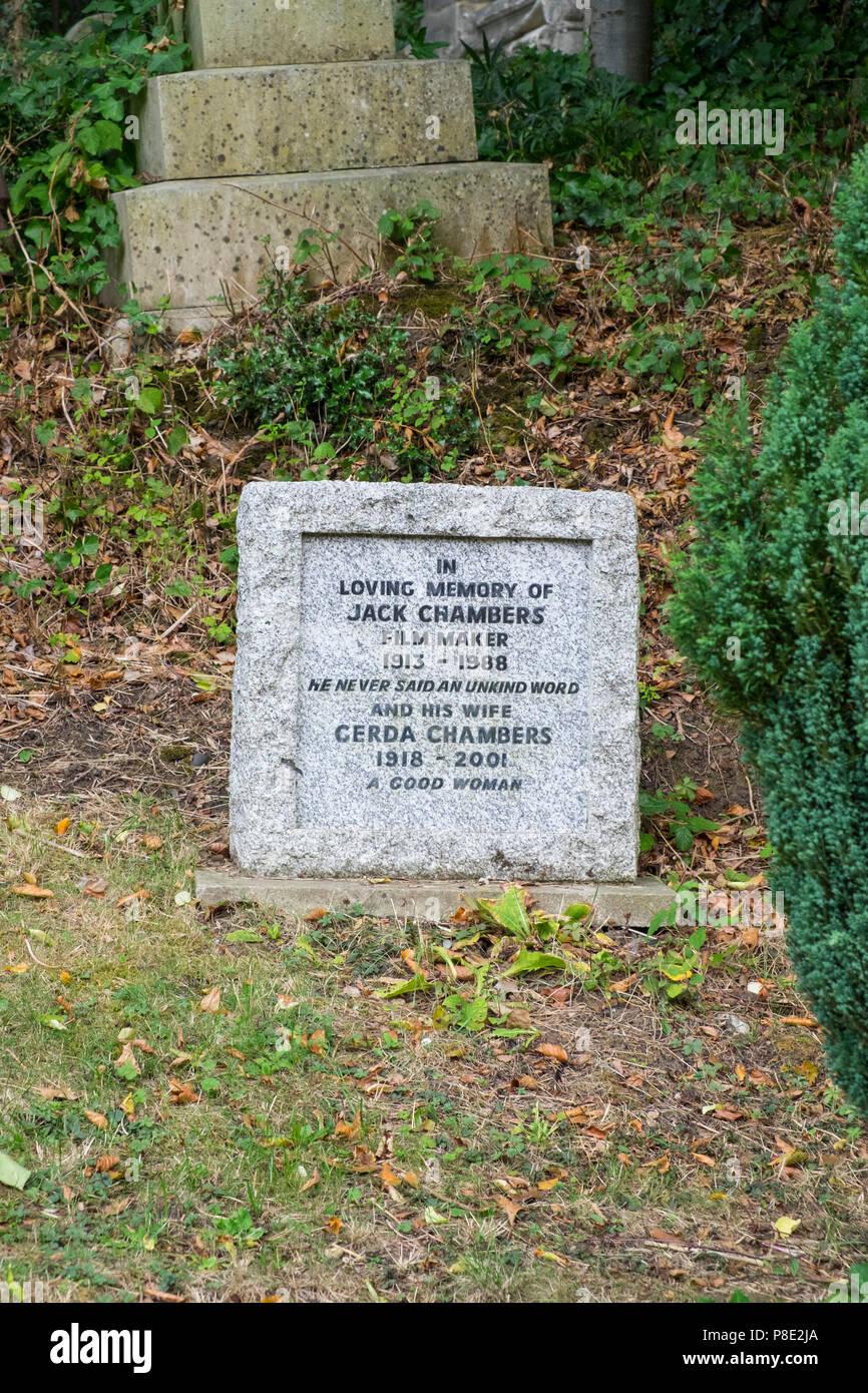 Graves Highgate Cemetery London Stock Photos Graves Highgate