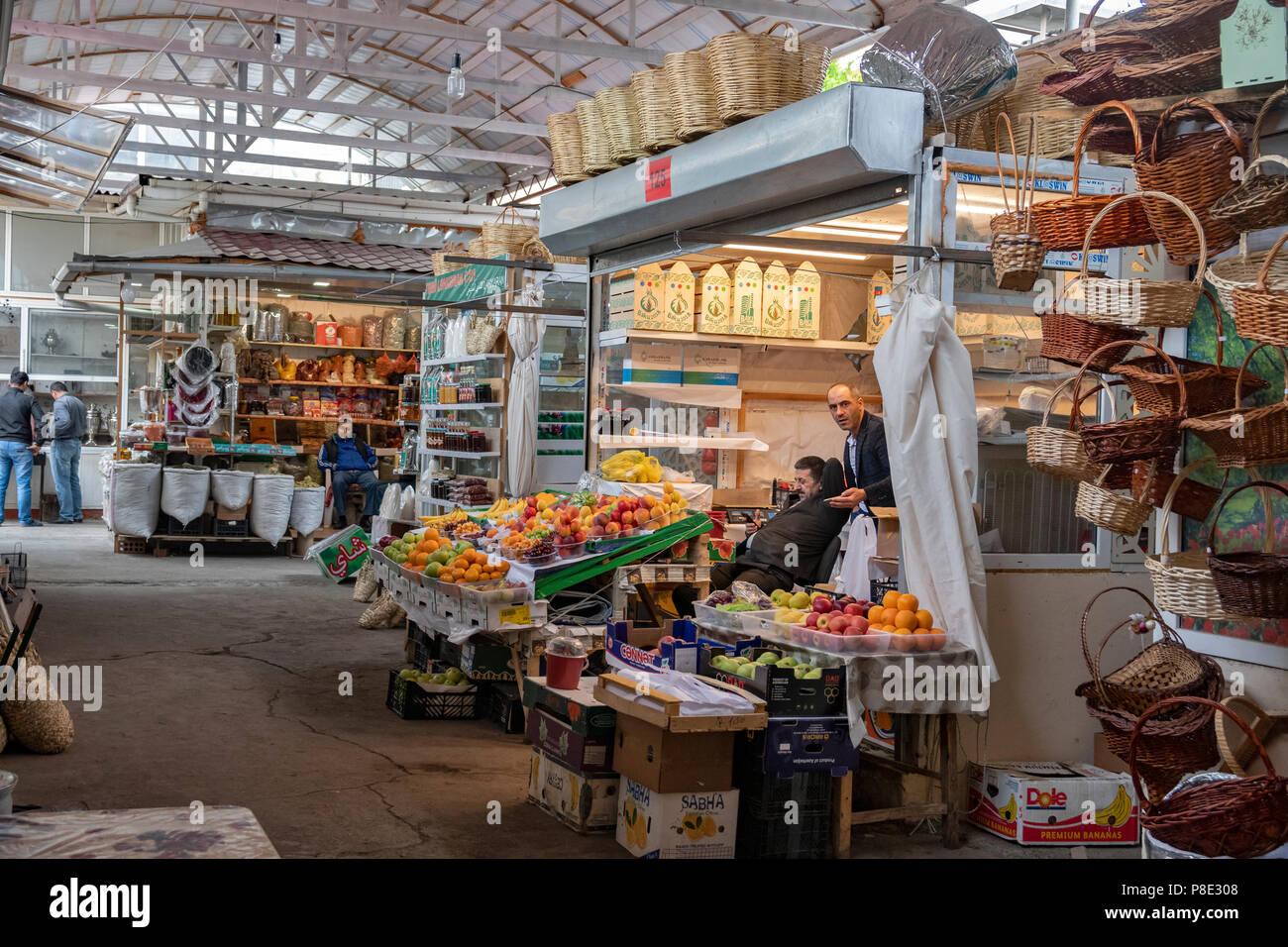 teze-bazaar-baku-azerbaijan-P8E308.jpg