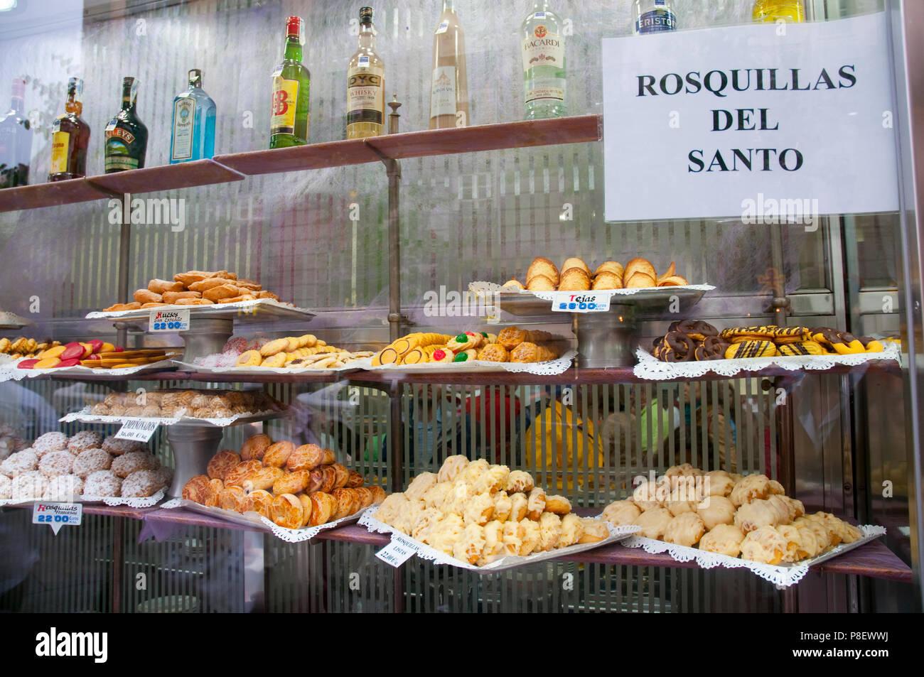 Shop window of La Mallorquina patisserie. Madrid, Spain. - Stock Image