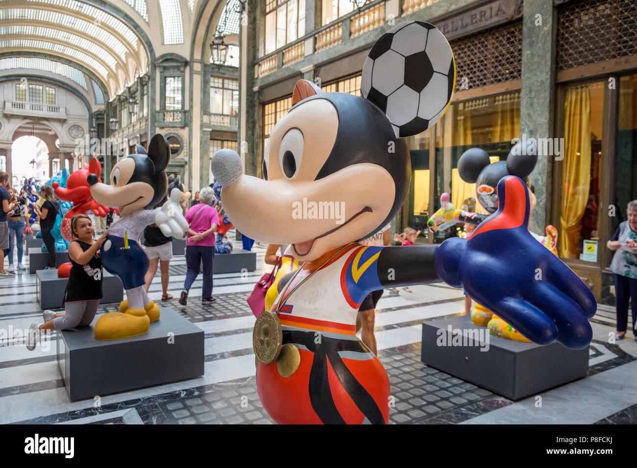 Mickey Mouse Cartoon Stock Photos Amp Mickey Mouse Cartoon