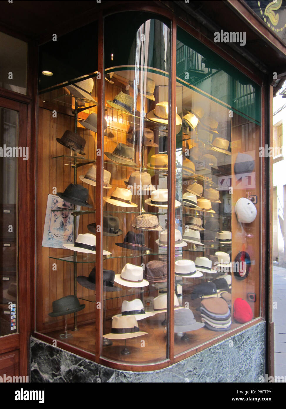 Display Hats Hat Shop Barcelona Stock Photos   Display Hats Hat Shop ... 7d6d02e5eb02