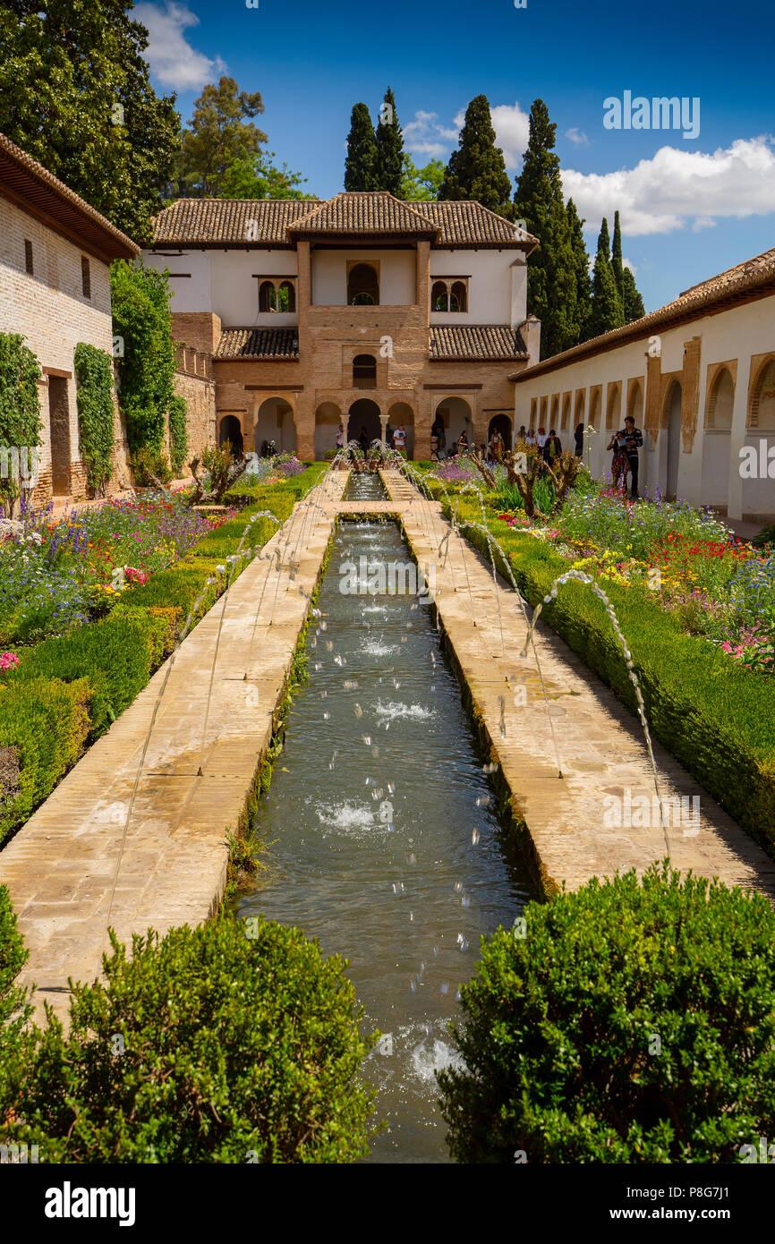 Patio de la Acequia, Generalife Palace gardens. Alhambra, UNESCO World Heritage Site. Granada City. Andalusia, Southern Spain Europe Stock Photo
